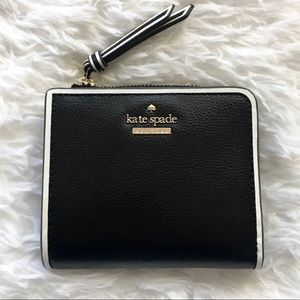 NWT Kate Spade Small L-Zip Bifold Wallet